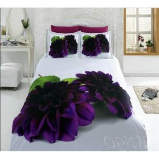 Постельное белье бело-черничной гаммы с темно-лиловыми цветами