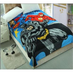 Плед с Бэтменом, Суперменом и Супергероем с молнией