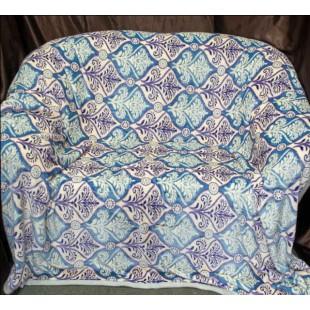 Плед в синей гамме с серыми и голубыми узорами