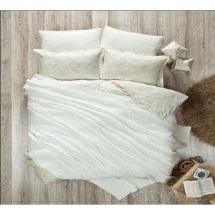 Бело-сливочный набор постельного белья с вязанным покрывалом