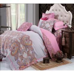Постельное белье серо-розовой гаммы с узорами из фланели-сатина