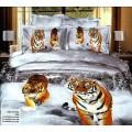 Серое постельное белье со снежным лесом и тиграми