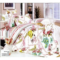 Уютное постельное белье с чайником и чашкой
