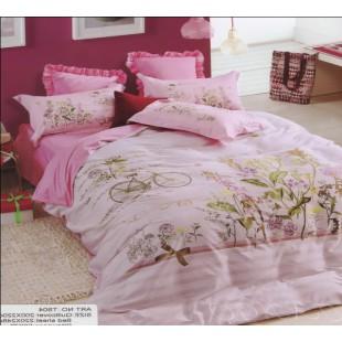 Милое сатиновое белье нежно-розового цвета с велосипедом