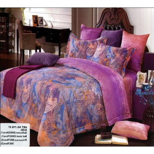 Дорогое роскошное постельное белье в лиловой гамме с узорами синего и оранжевого цвета
