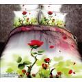 Шелковистое сатиновое белье с маленькими розочками
