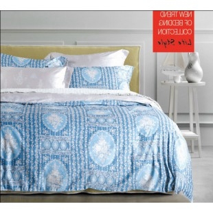 Постельное белье светло-голубой расцветки с абстрактным принтом сатин