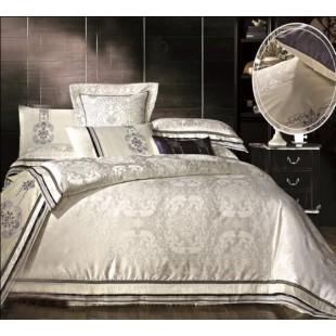 Жаккардовое постельное белье молочного цвета с бежевой вышивкой