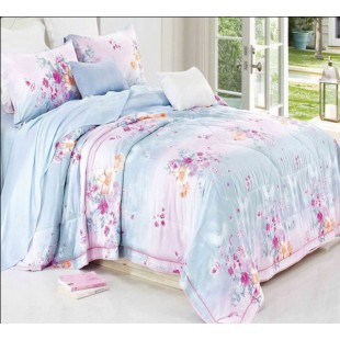 Нежное постельное белье из ткани тенсел в розово-голубых оттенках с цветами
