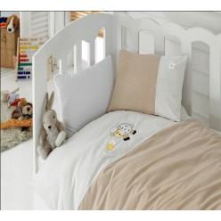 Стильное ясельное постельное бело-коричневое с вышитой овечкой