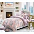 Фланелевое постельное белье в персиково-сиреневой гамме с крупным и мелким узором