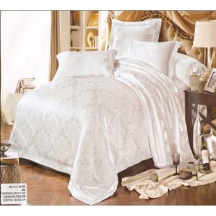 Постельное белье белое жаккардовой с вышивкой - вензеля