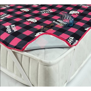 Наматрасник для детской кроватки непромокаемый Hello Kitty