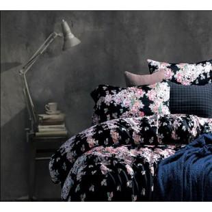 Комплект постельного белья с черным фоном и принтом из мелких цветов