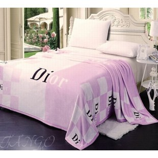 Плед розовый Dior