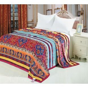 Плед бордовый в персидском стиле с орнаментом