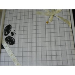 Панды - белое в клетку